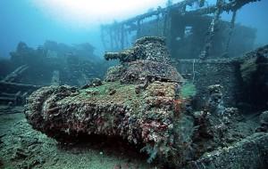 11-tanks-ocean-coraux
