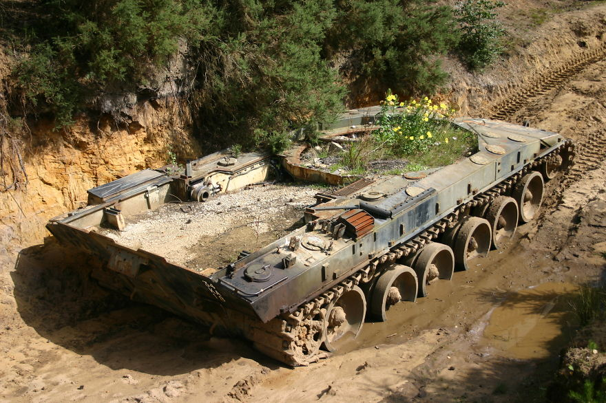 19-ukraine-tank