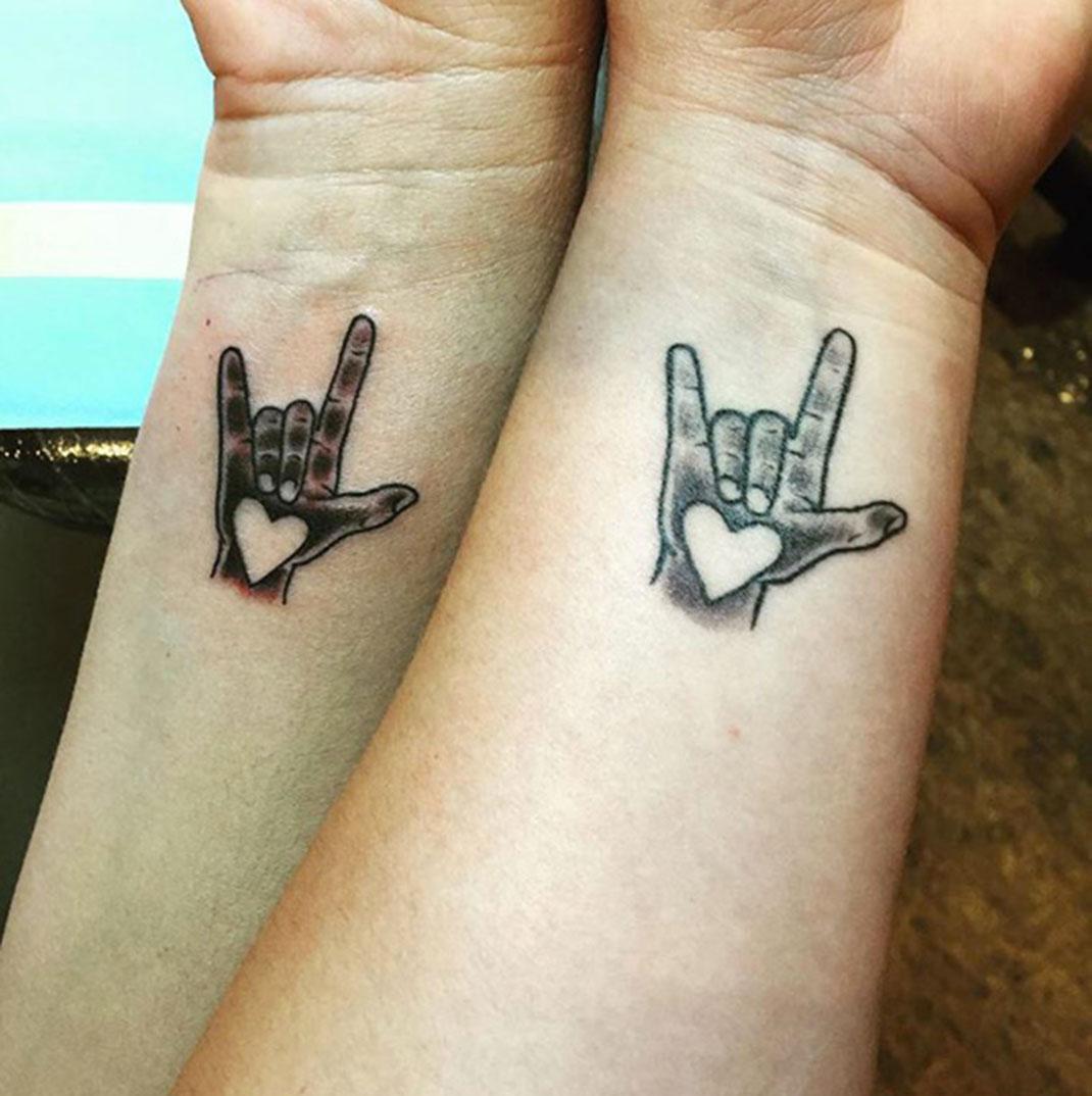 tatouage qui signifie la maladie