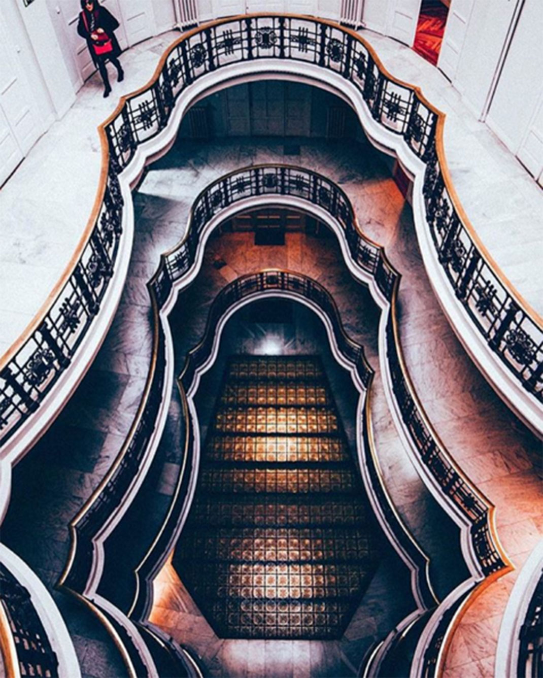 6-architecture-symetrie