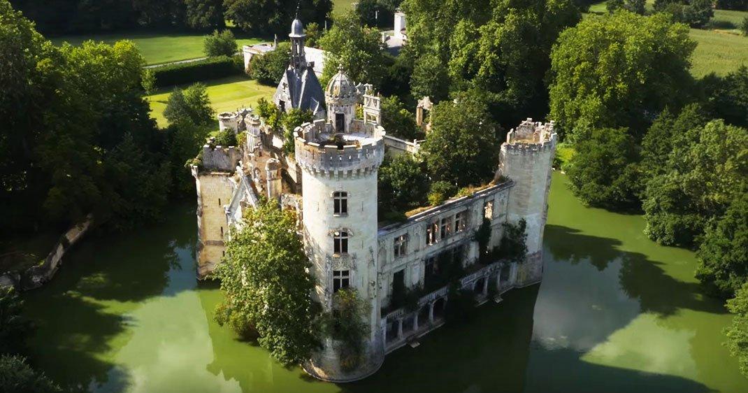 Chateau-une-2