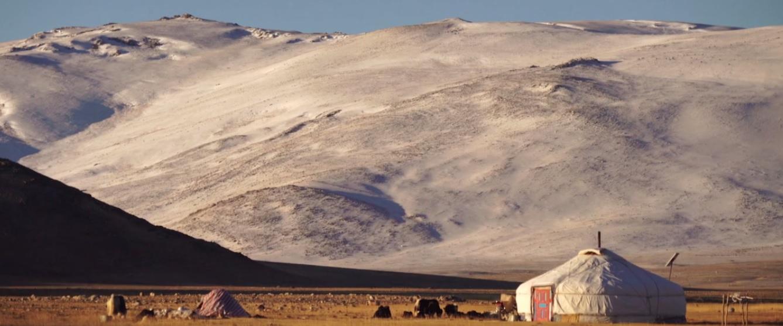 mongolie-yourte-nomades