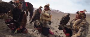 nomads-eagles-hunting
