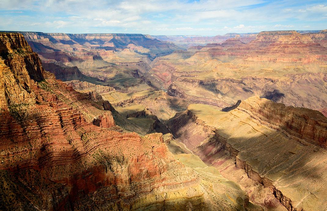 visu-shutter-canyon-2
