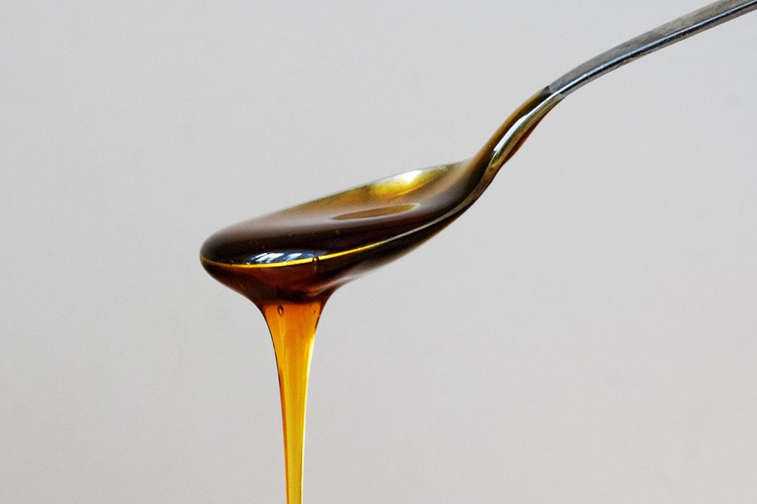 6-miel-abeilles