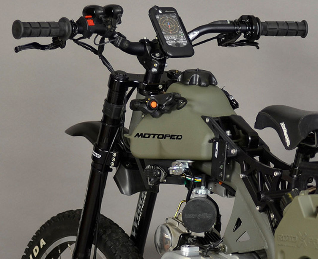 Motoped-4