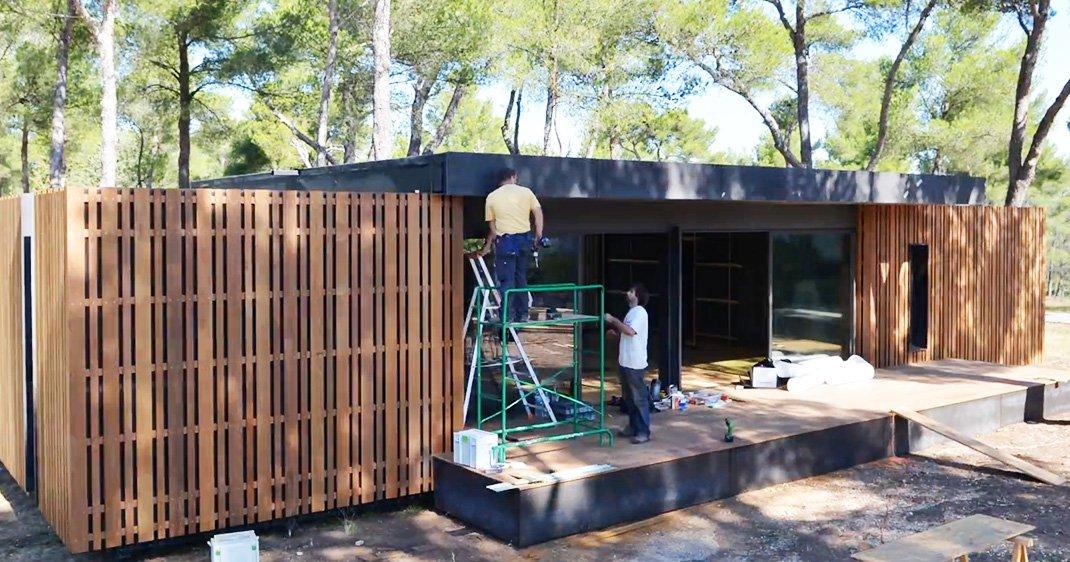 construisez votre maison cologique en quelques semaines. Black Bedroom Furniture Sets. Home Design Ideas