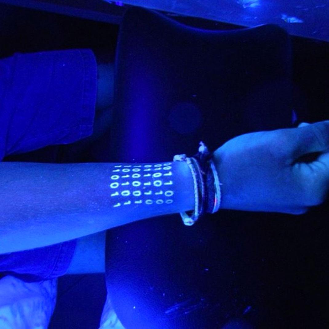 Tatouage-fluorescent-22
