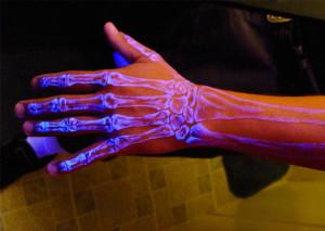 Tatouage-fluorescent-3