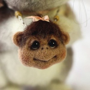 singe-laine-collier