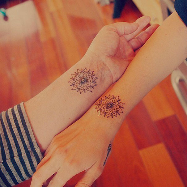 42-tatouages-soeurs