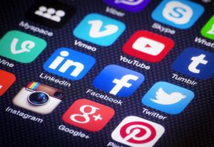 Shutterstock-réseaux-sociaux