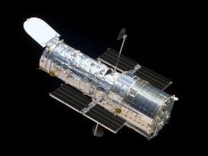 Telescope-Hubble