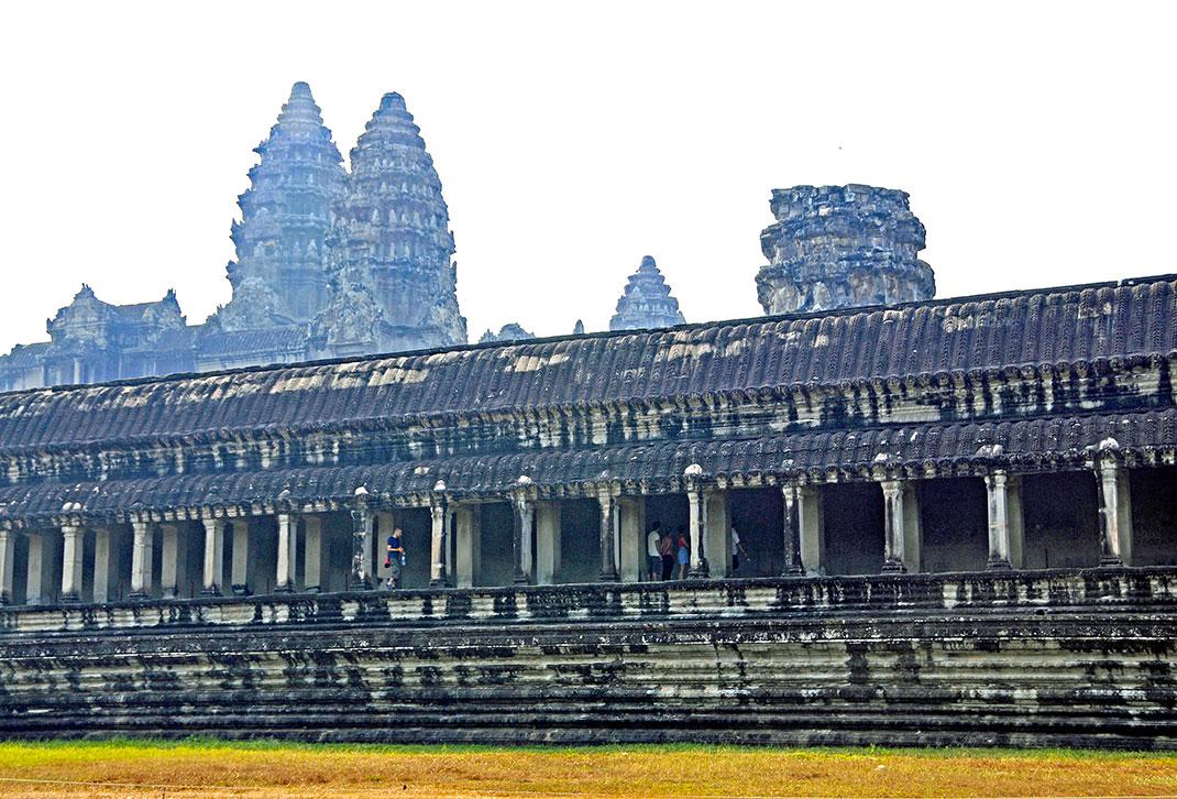 Temple-Angkor-12