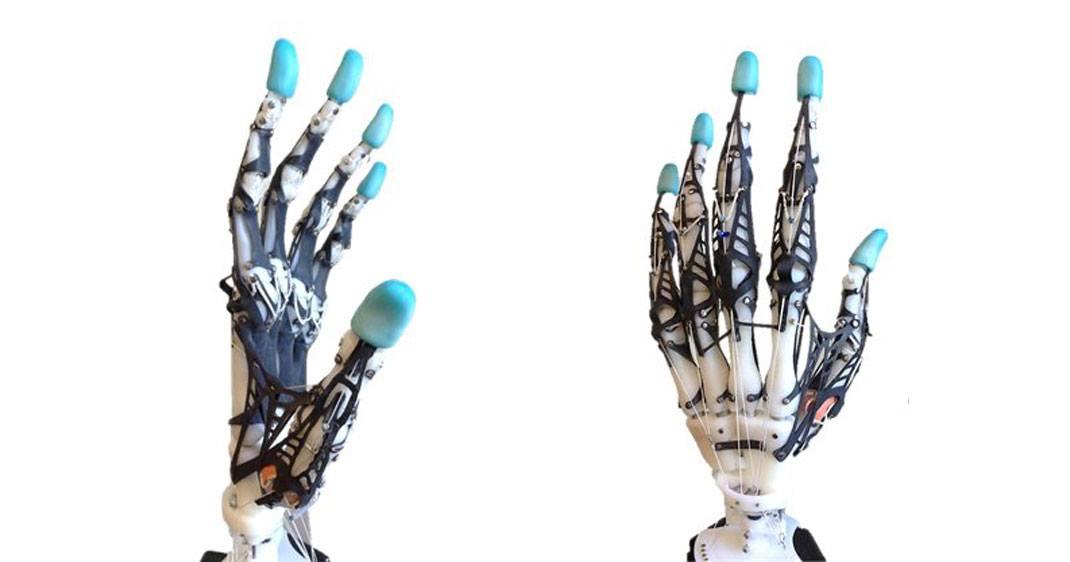 main-robotisee-dexterite-une