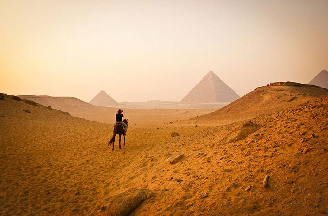 pyramide-attente