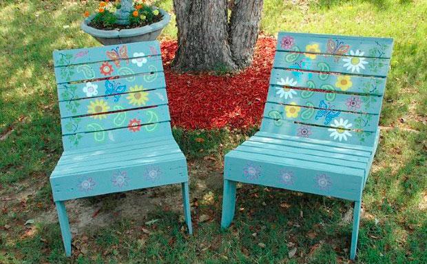 34 astuces ingénieuses pour transformer les palettes de bois en meubles originaux Daily Geek Show # Recyclage De Palettes En Bois