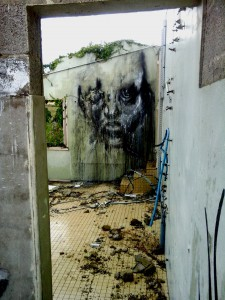 street-art-portrait-triste-40