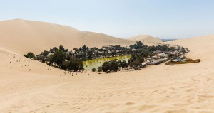 10-village-Huacachina