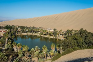 2-village-Huacachina.