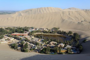 5-village-Huacachina
