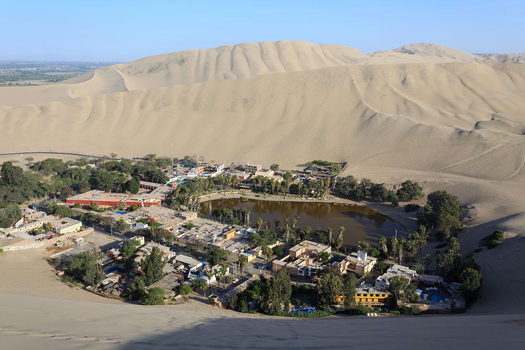 5-village-Huacachina
