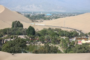 9-village-Huacachina