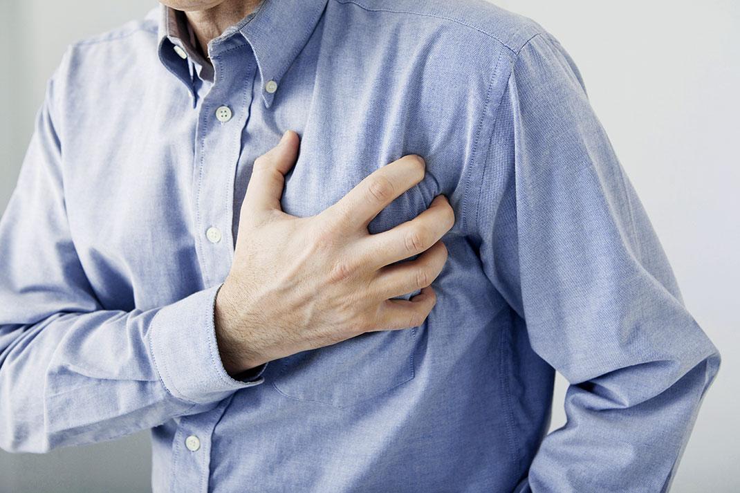 Crise-cardiaque-shutterstock-2