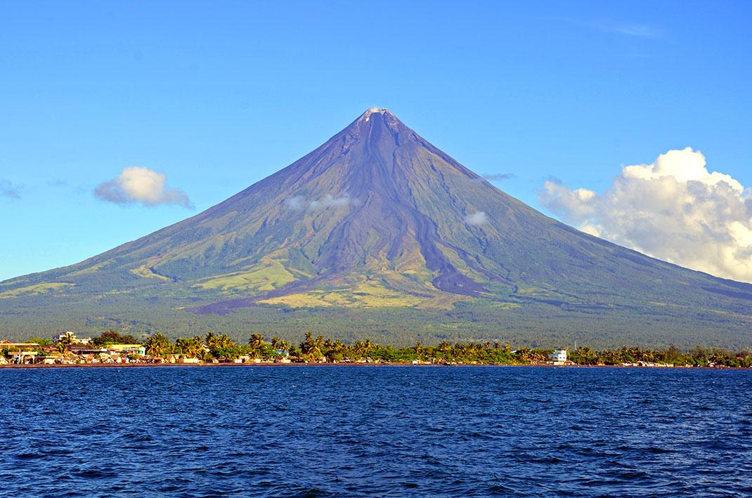 Mont-Mayon-1