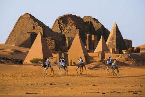 Pyramide-Nubie-shutterstock-1