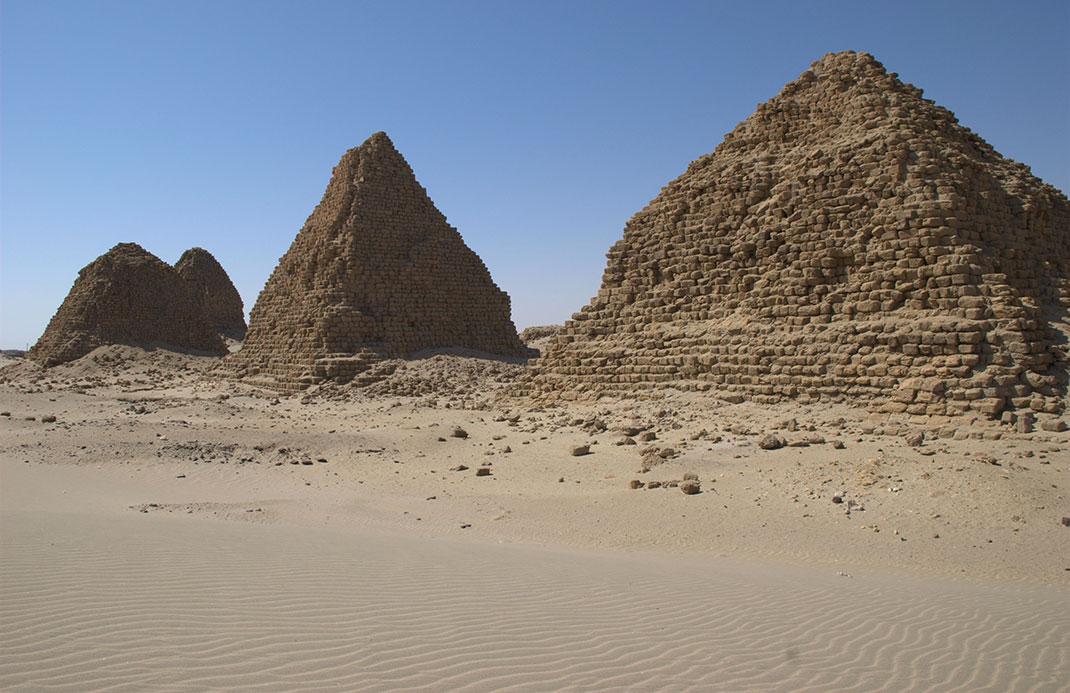 Pyramides-nubie-1