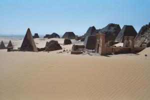 Pyramides-nubie-10
