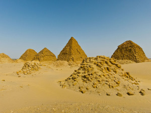 Pyramides-nubie-3