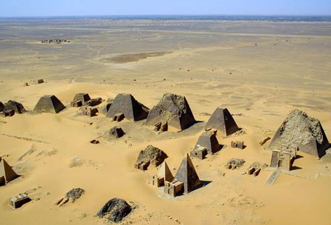 Pyramides-nubie-5