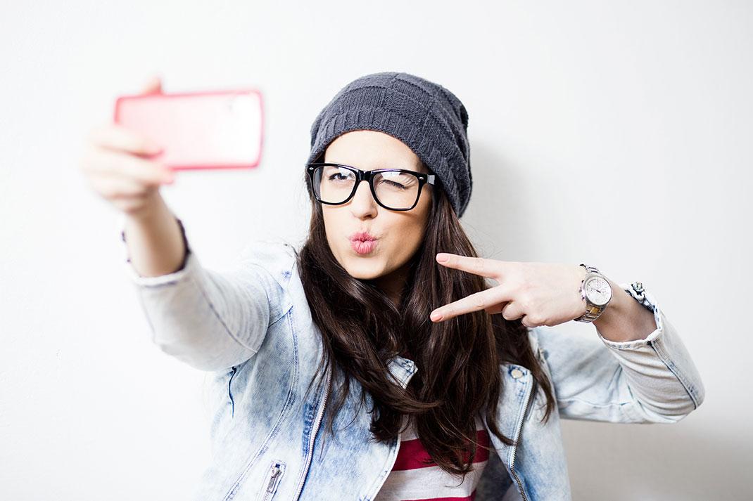 Selfie-shutterstock