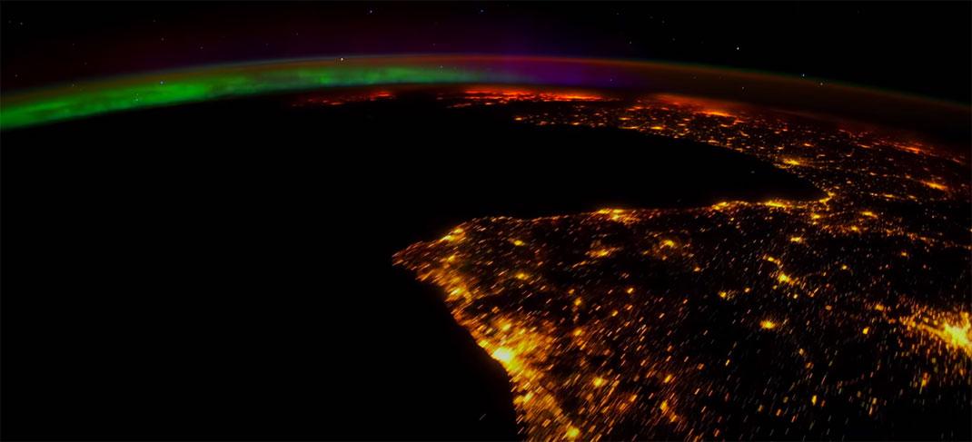 aurore-boreale-espace-1