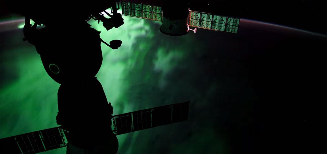 aurore-boreale-espace-10
