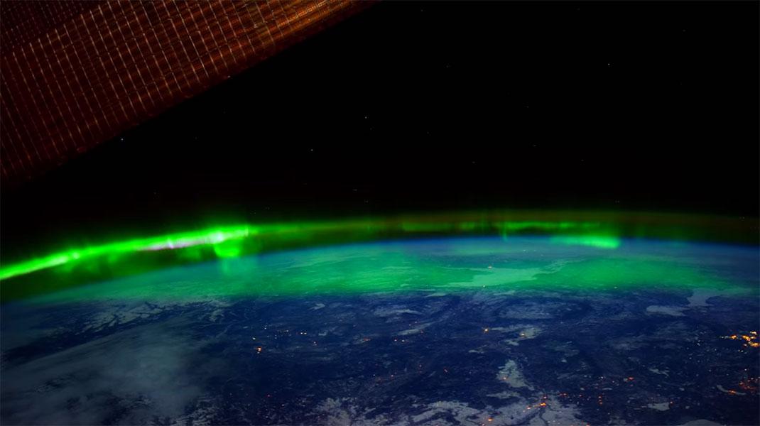 aurore-boreale-espace-13