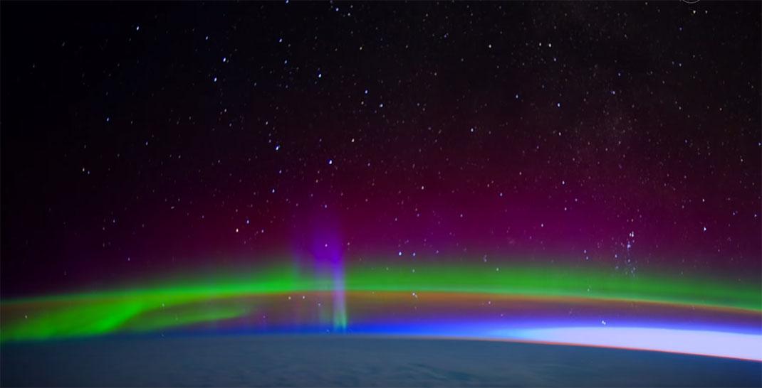 aurore-boreale-espace-14