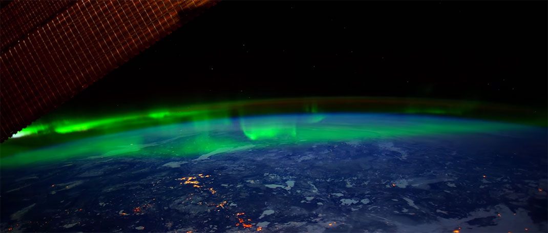 aurore-boreale-espace-15
