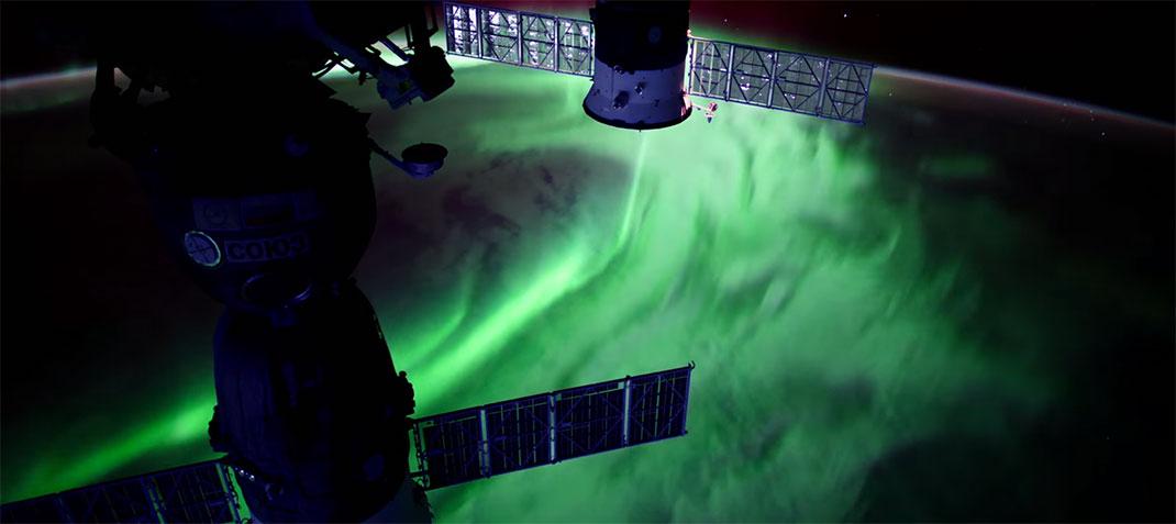 aurore-boreale-espace-9