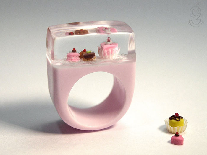 bagues-miniatures-vie-quotidienne-1