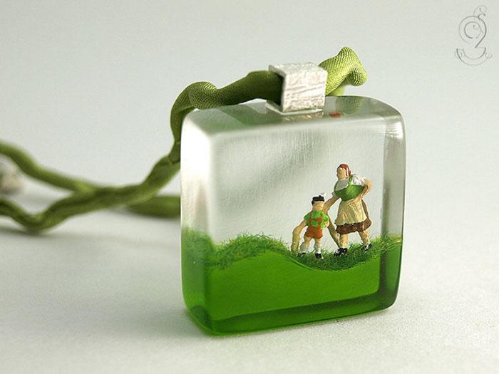 bagues-miniatures-vie-quotidienne-6
