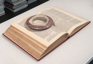 bijoux-livre-delicats-3