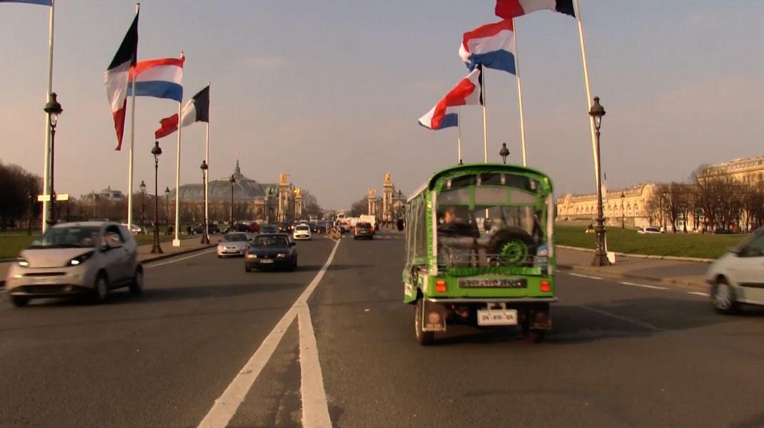 Bangkok-Paris-tuk-tuk-2