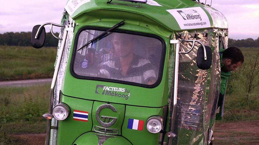 Bangkok-Paris-tuk-tuk-34