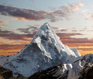 Frontière entre le Népal et la Chine via Shutterstock