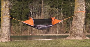 Flying-Tent-1
