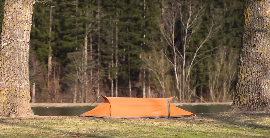 Flying-Tent-2