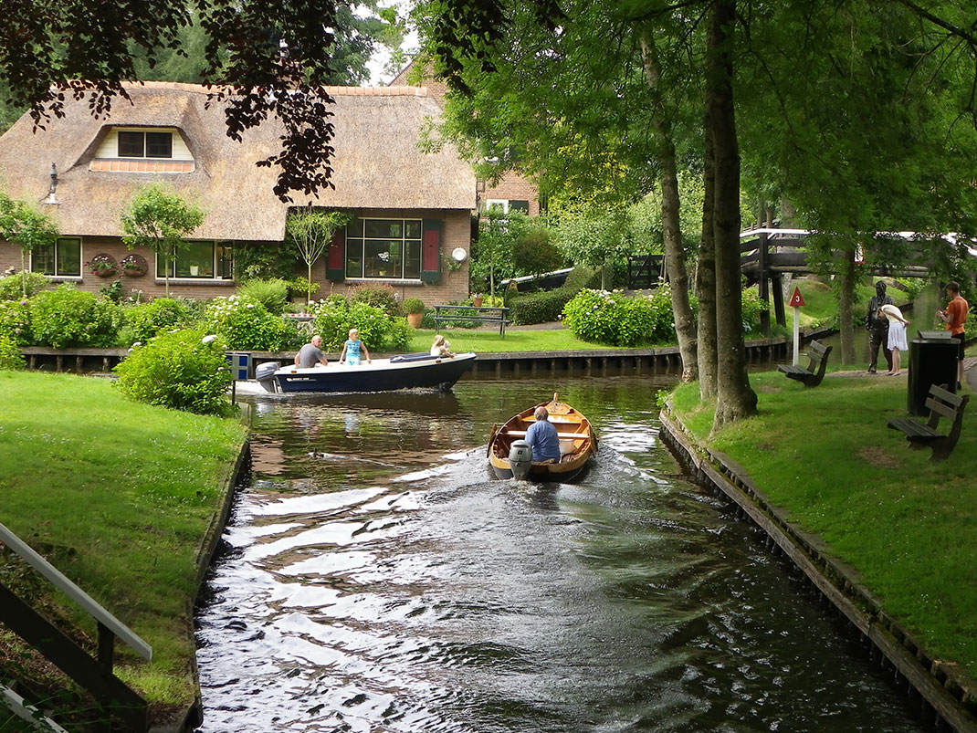 Giethoorn-Pays-Bas-14
